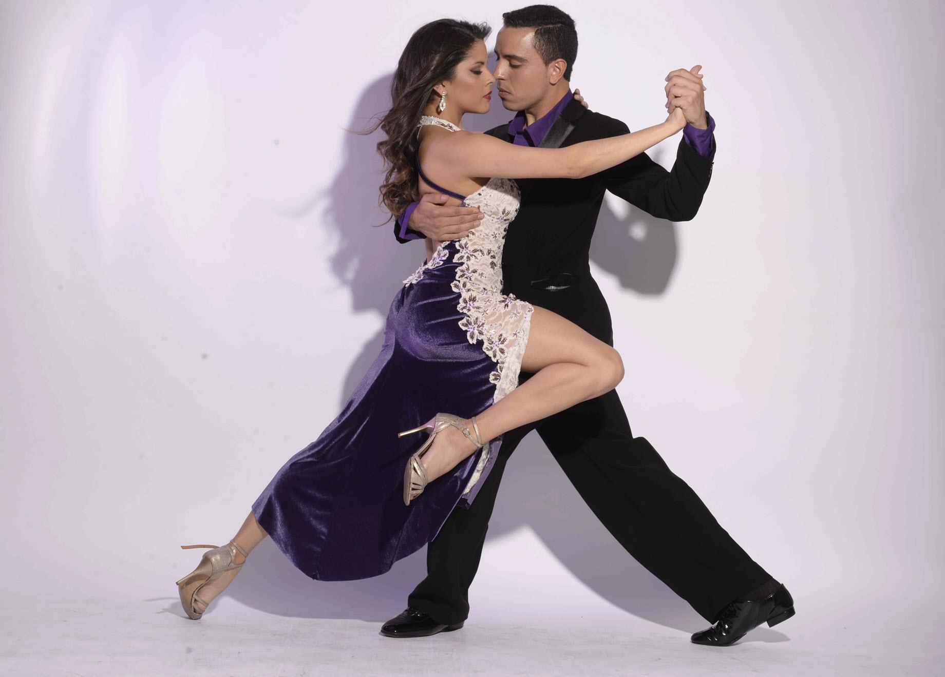 Natasha Arapé und Marcos Morinigo tanzen Tango Argentino